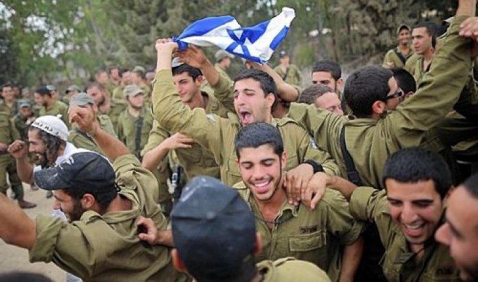 Israeli soldiers celebrating